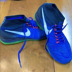 Nike Flyknit Zoom Running Shoes